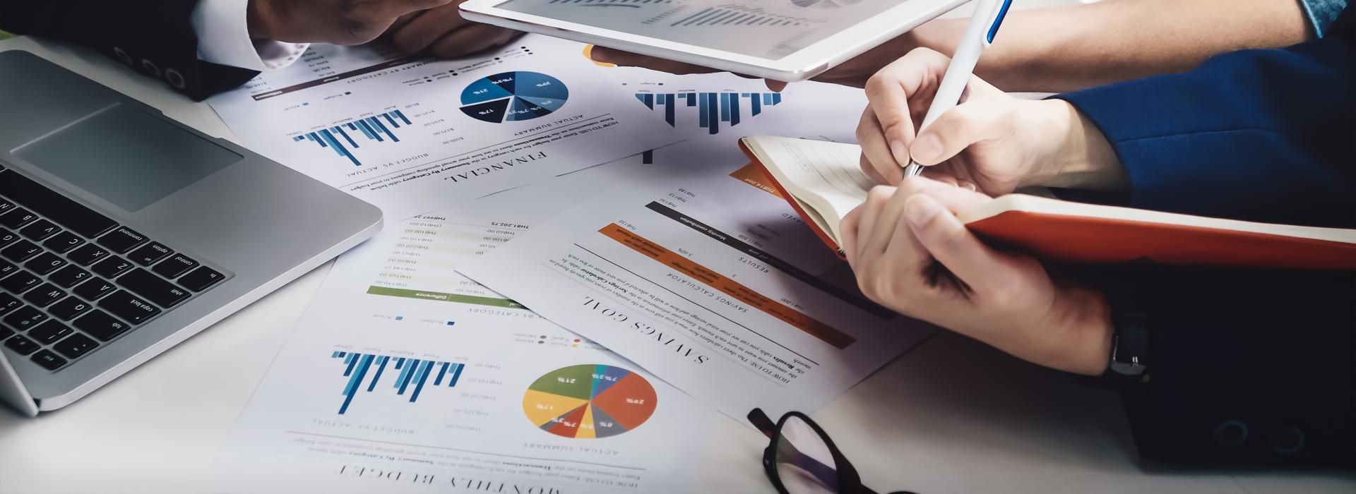 Administrarea Afacerilor cu Management- Studii universitare